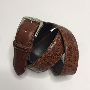 Harness Leather Embossed Brown belt sz 32